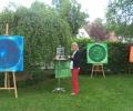 Britta Haffke im Ateliergarten